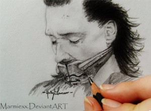 'Broken Crown' Loki portrait, done in graphite. Tom Hiddleston is one of my favourite actors and Loki is one of my favourite villians so I thought it was fitting to do a small sketch.